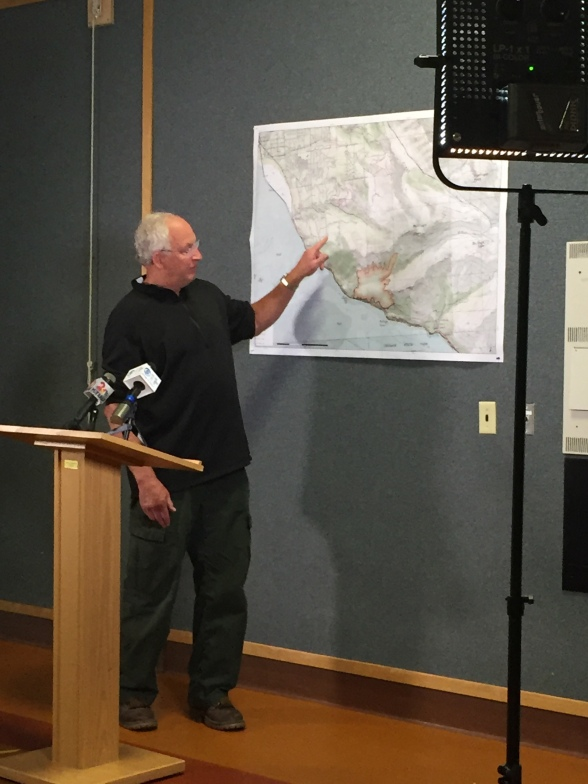 Incident Commander  Tom Kurth announcing 100% containment at Press Conference July 25 2016