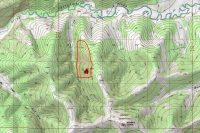 Map shows the Shovel Creek Fire perimeter in red against a green topographic background, with Shovel Creek to the east and 7 Mile Trail to the west