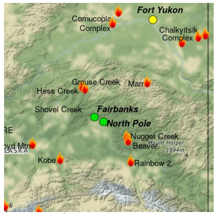 Map shows multiple active fires in central Alaska; Fairbanks and North Pole forecast to have good air quality, while Fort Yukon is forecast to have moderate air quality.
