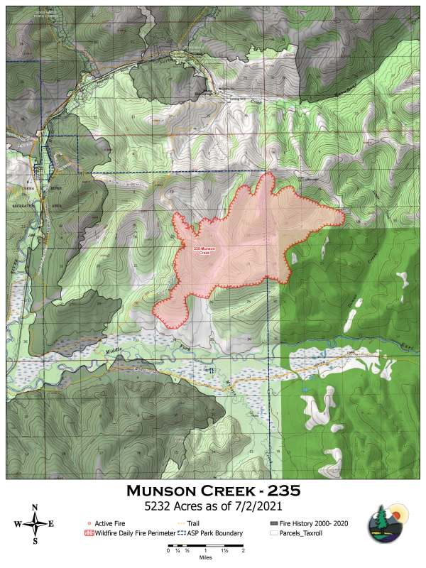 A map showing the perimeter of the Munson Creek Fire as of July 2, 2021. The fire is currently estimated at 8,902 acres but getting an accurate perimeter has been difficult. The fire is likely between 5,000 and 10,000 acres.